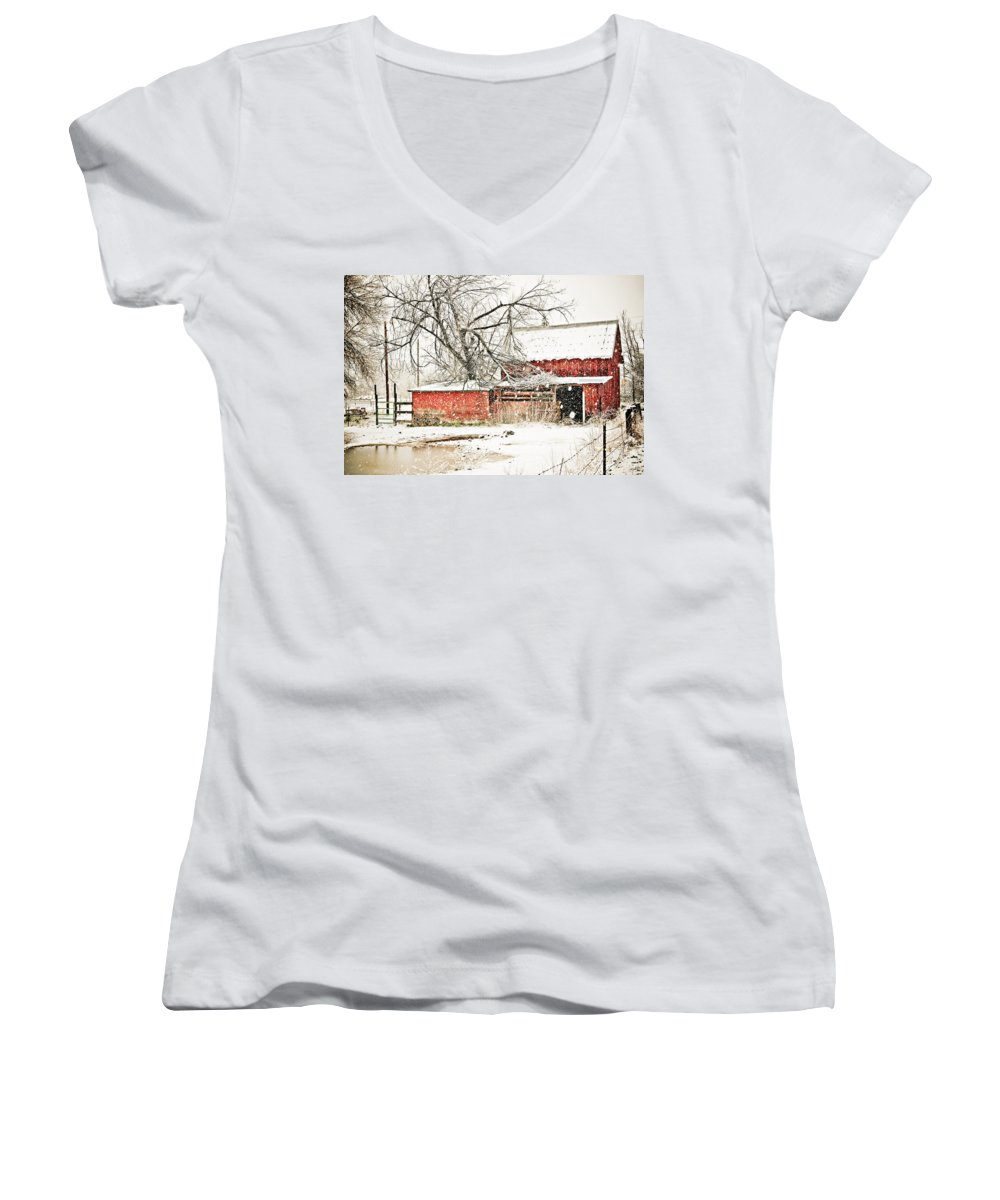 Americana Women's V-Neck T-Shirt featuring the photograph Barn And Pond by Marilyn Hunt