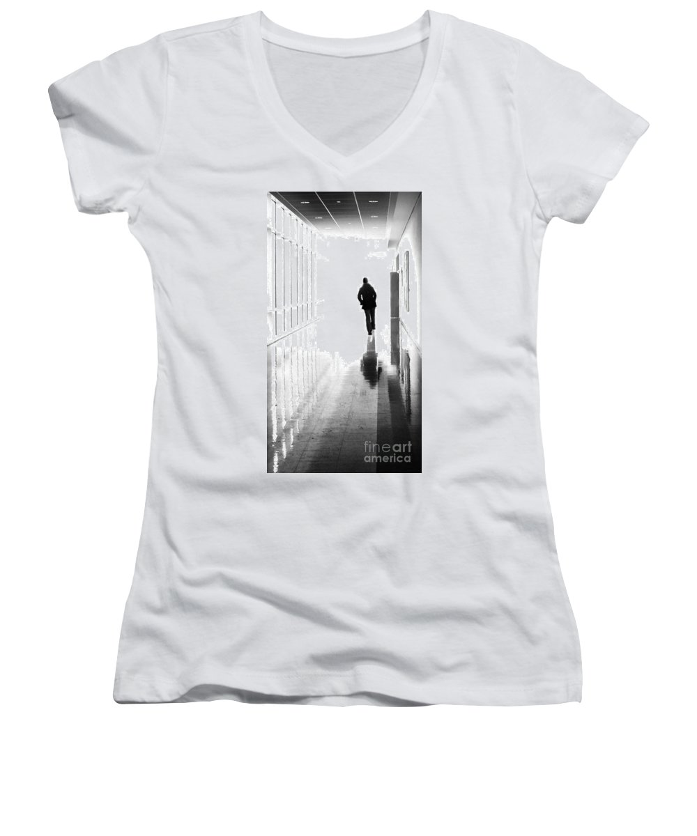 Dipasquale Women's V-Neck (Athletic Fit) featuring the photograph Being Alone Doesnt Mean Youre Free by Dana DiPasquale