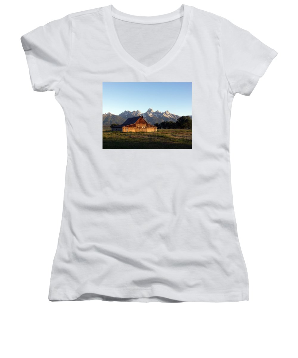 Landscape Yellowstone Grand Tetons Cabin Women's V-Neck (Athletic Fit) featuring the photograph Dnrd0104 by Henry Butz