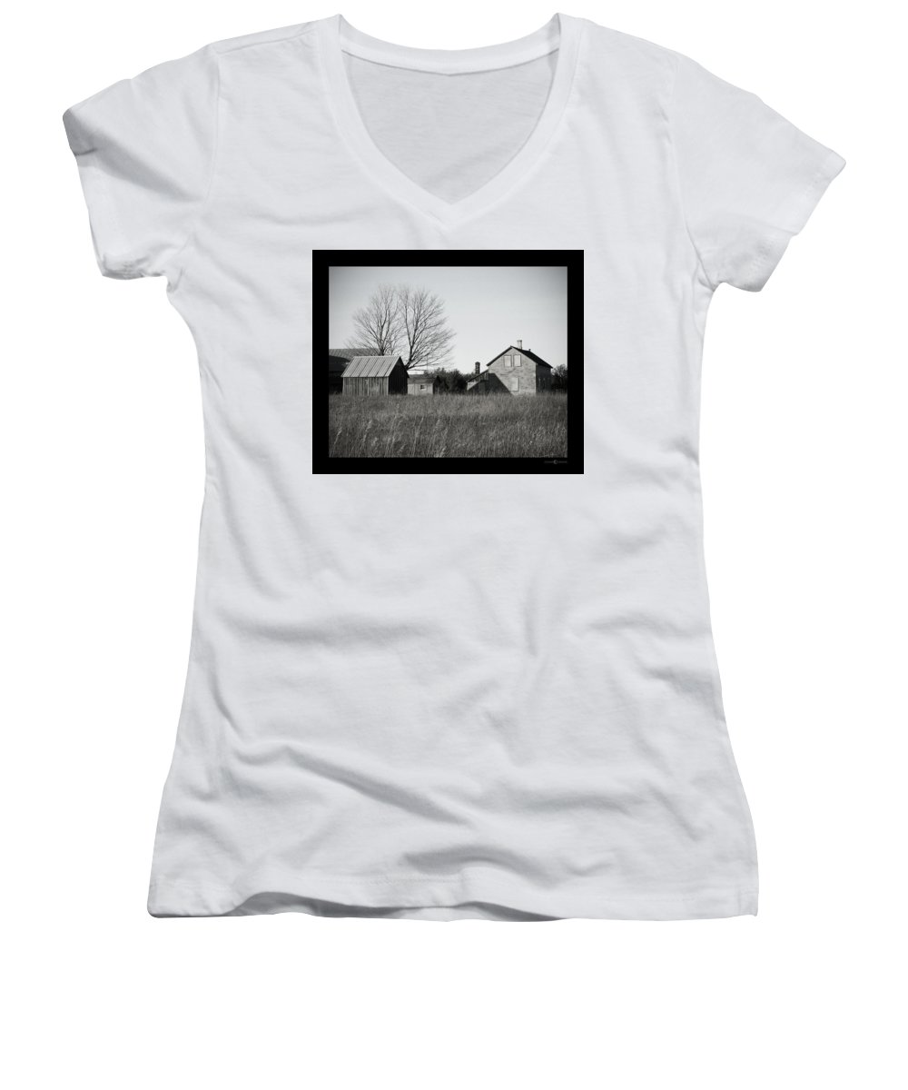 Deserted Women's V-Neck (Athletic Fit) featuring the photograph Homestead by Tim Nyberg