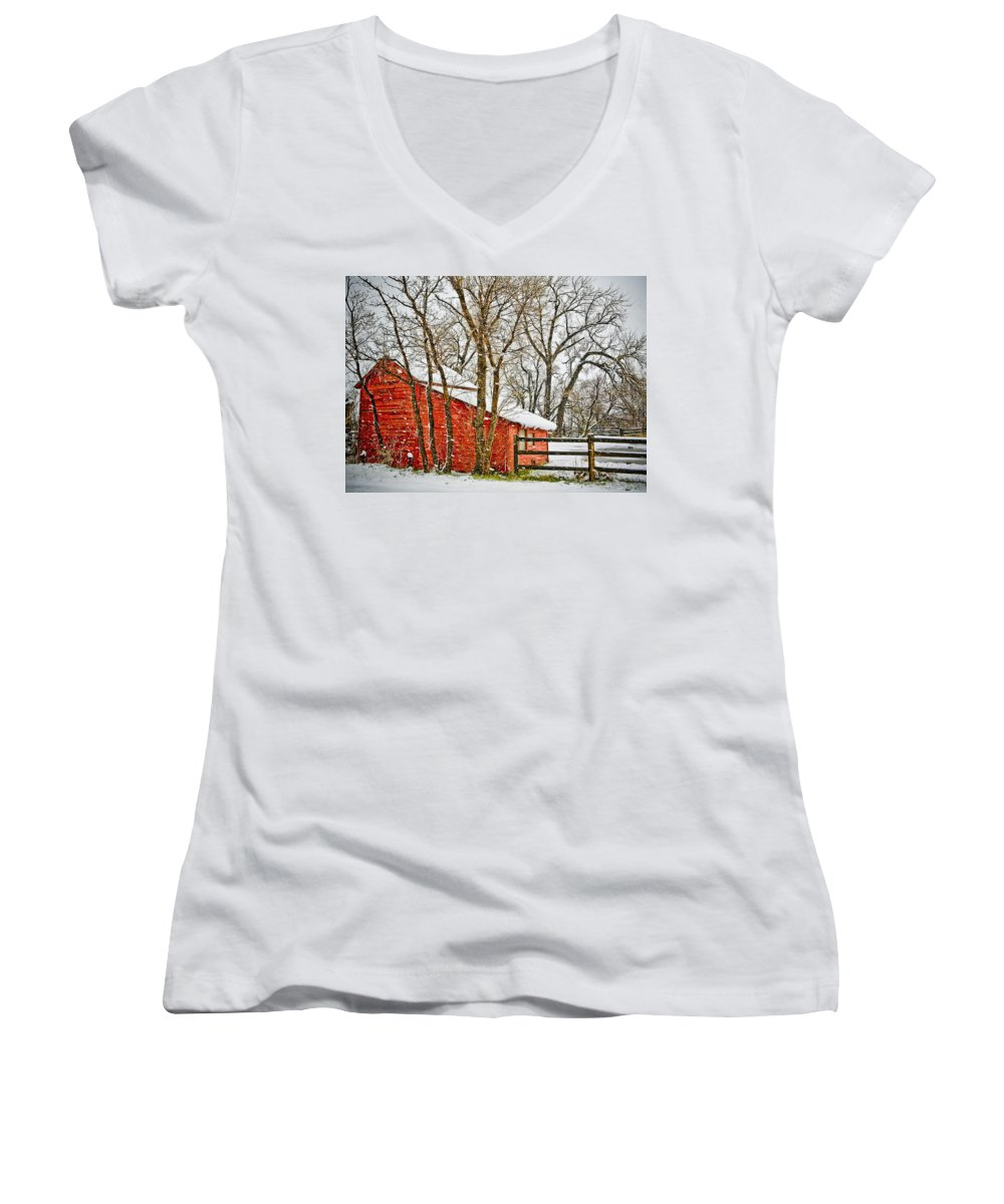 Americana Women's V-Neck (Athletic Fit) featuring the photograph Loafing Shed by Marilyn Hunt