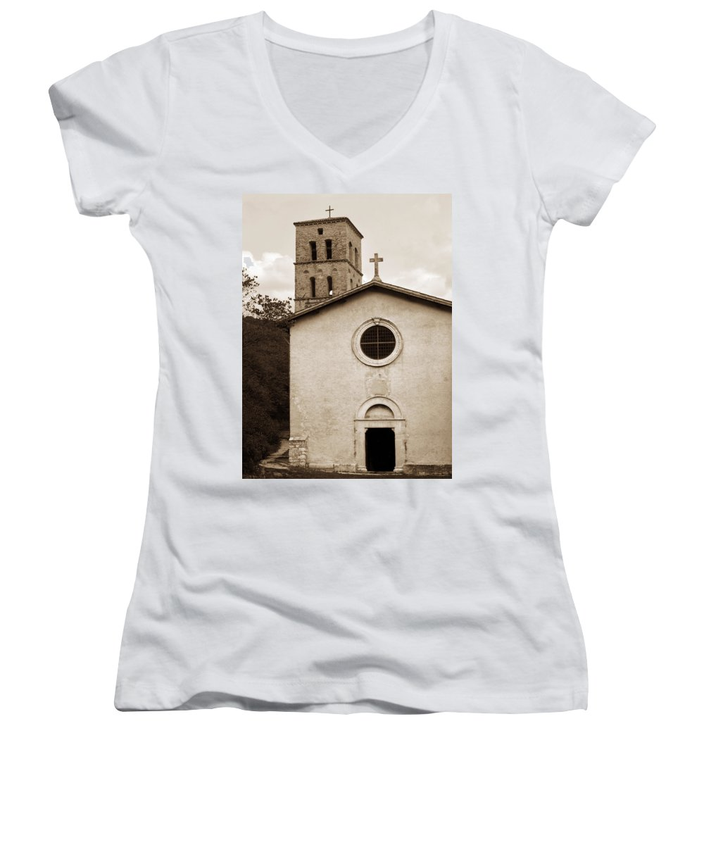 Curch Women's V-Neck (Athletic Fit) featuring the photograph Nice Old Church For Wedding by Marilyn Hunt