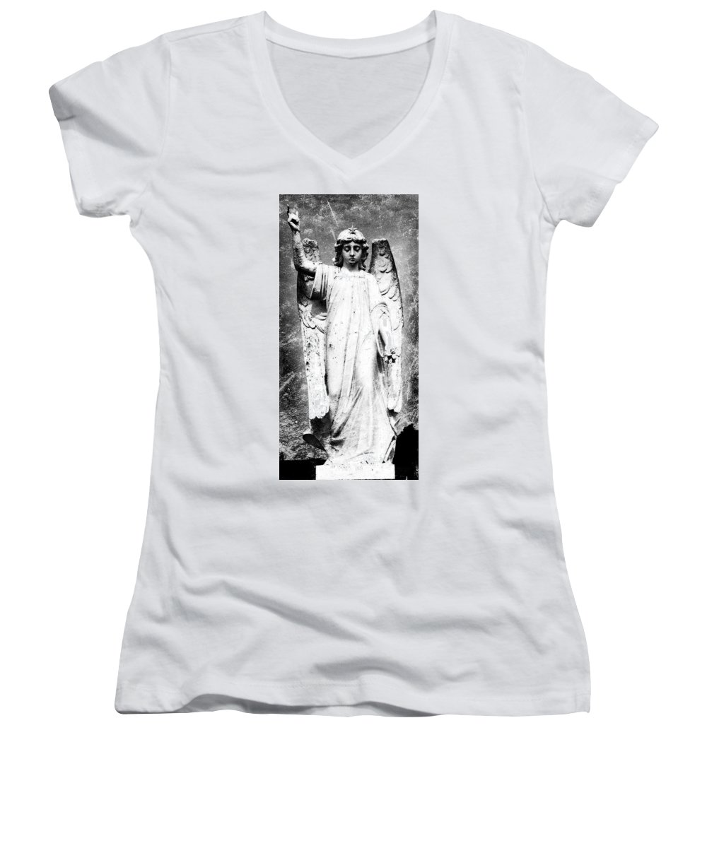 Roscommon Women's V-Neck T-Shirt featuring the photograph Roscommon Angel No 2 by Teresa Mucha