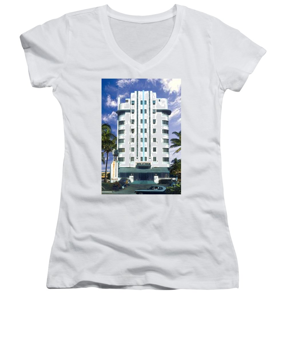 Miami Women's V-Neck T-Shirt featuring the photograph The New Yorker by Steve Karol