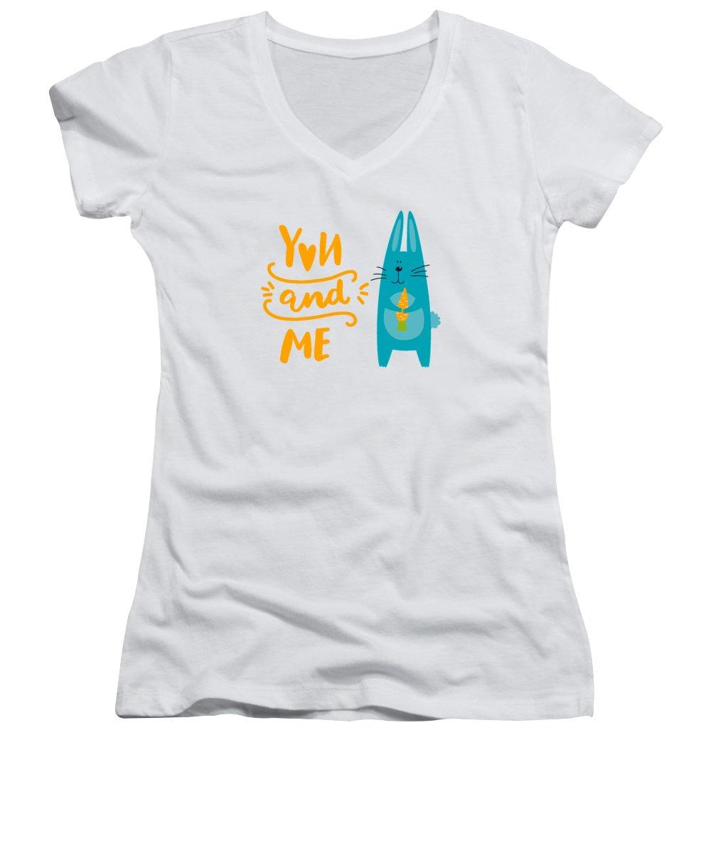 Carrot Women's V-Neck T-Shirts