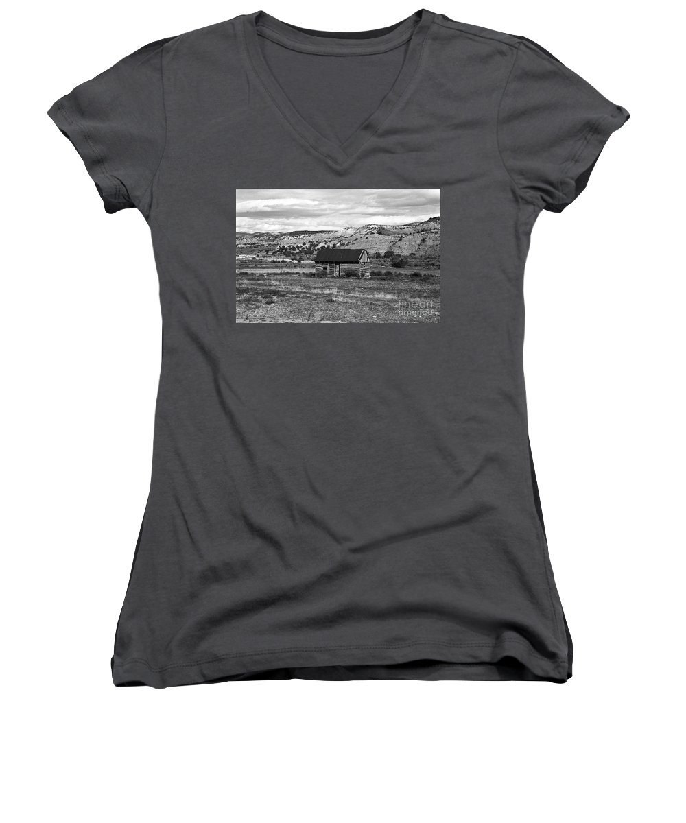 Utah Women's V-Neck T-Shirt featuring the photograph Courage by Kathy McClure