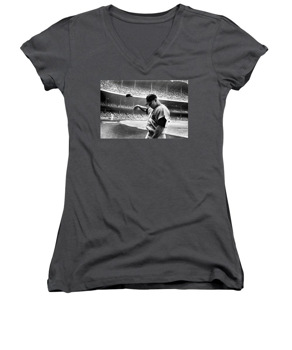 Mickey Mantle Women's V-Neck T-Shirts