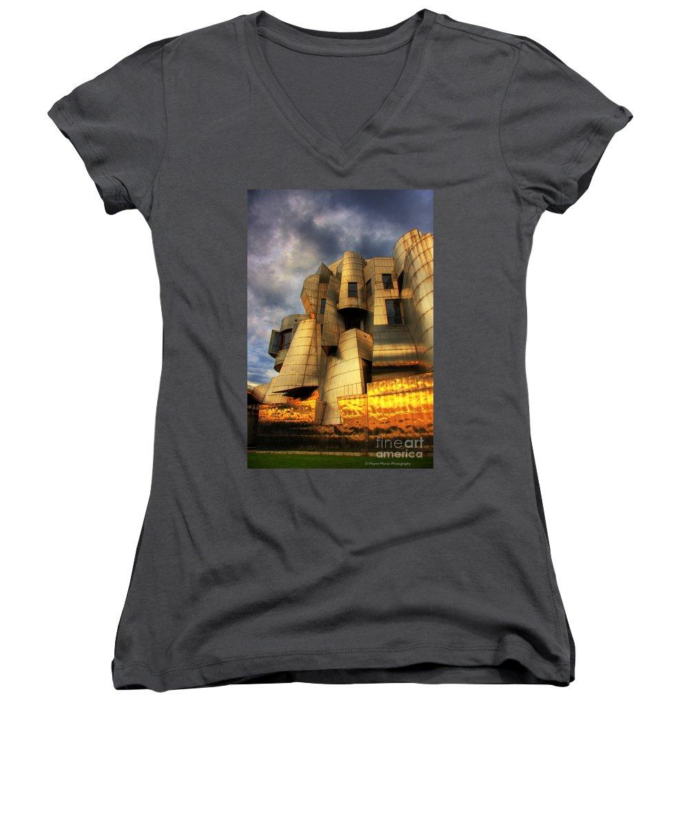 University Of Minnesota Women's V-Neck T-Shirts