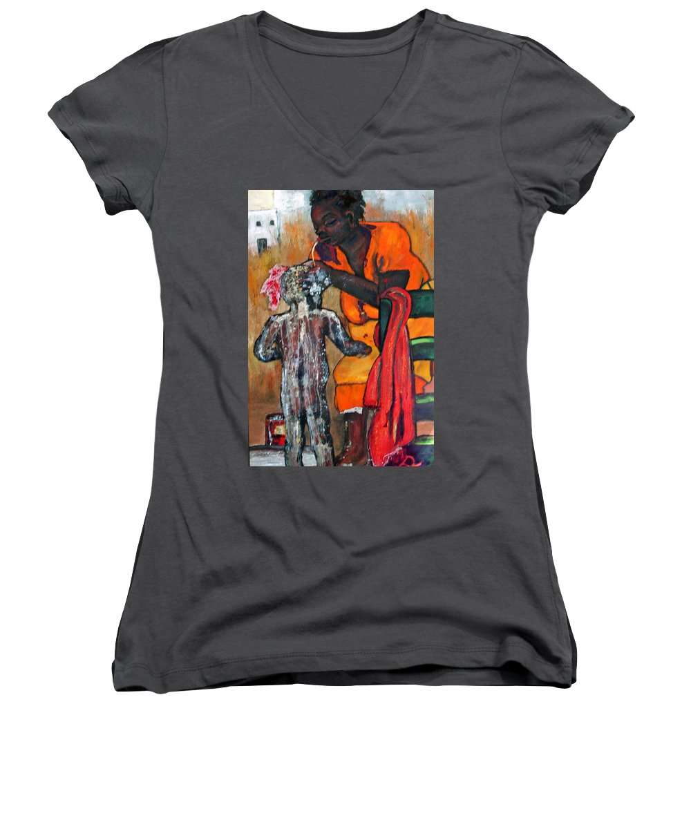 Mom Bathing Boy Women's V-Neck T-Shirt featuring the painting Saturday Night Bath by Peggy Blood