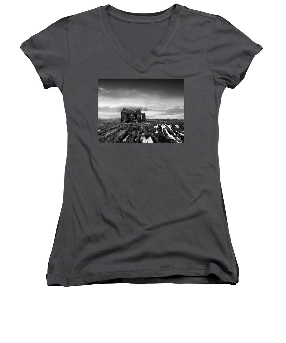 Architecture Women's V-Neck T-Shirt featuring the photograph The Shack by Dana DiPasquale