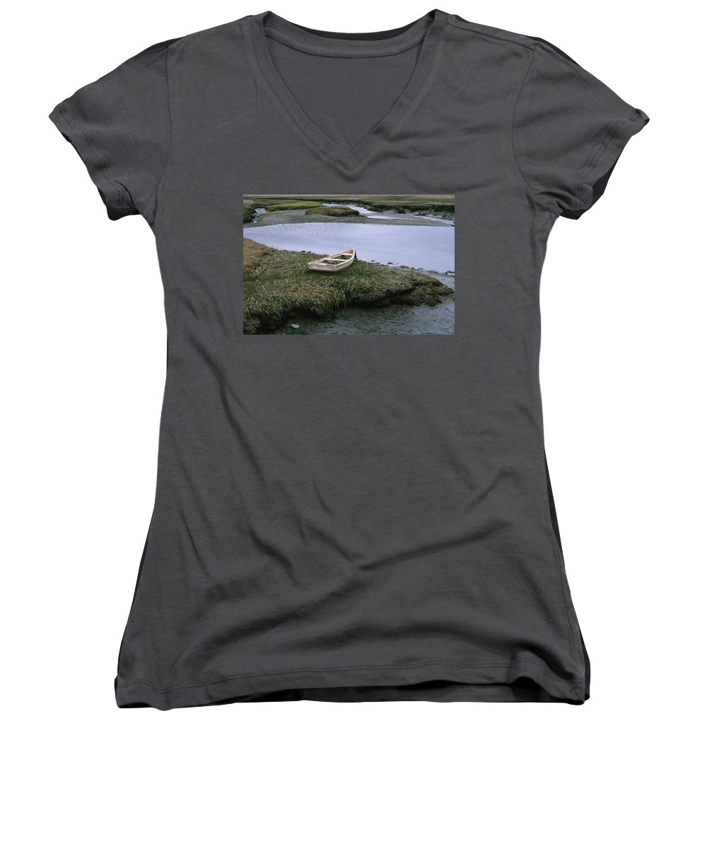 Landscape New England Marsh Row Boat Rye Harbor Women's V-Neck T-Shirt featuring the photograph Cnrf0503 by Henry Butz