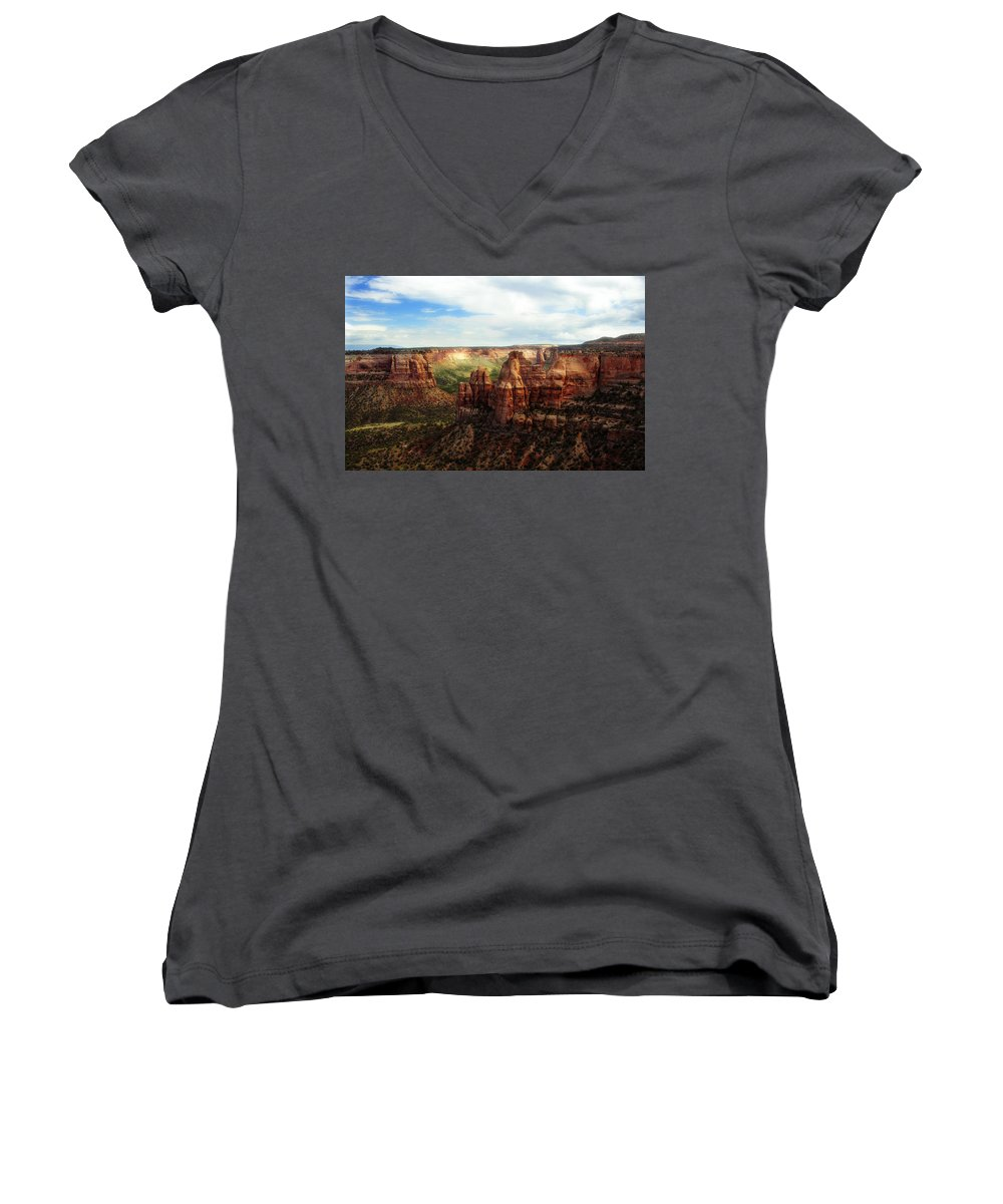 Americana Women's V-Neck T-Shirt featuring the photograph Colorado National Monument by Marilyn Hunt