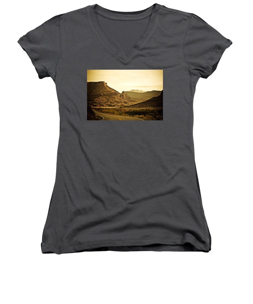 Americana Women's V-Neck (Athletic Fit) featuring the photograph Evening In The Canyon by Marilyn Hunt