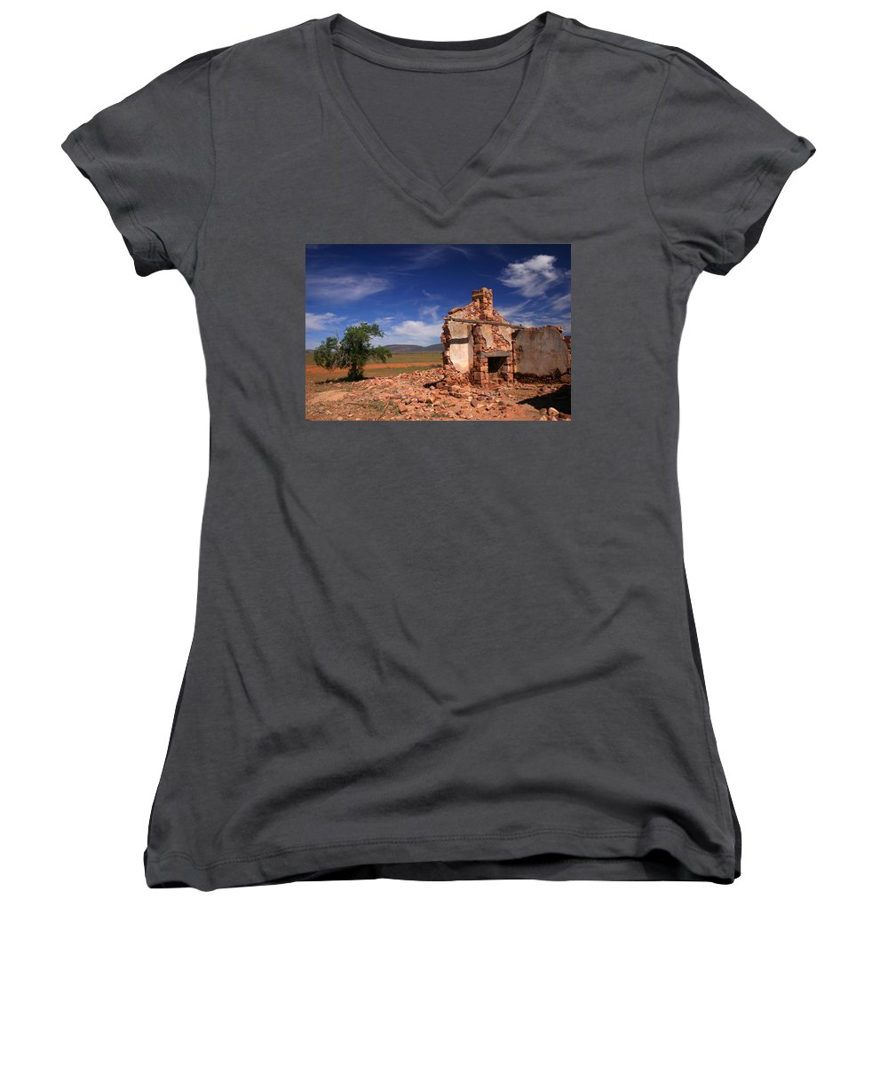 Cottage Women's V-Neck T-Shirt featuring the photograph Farmhouse Cottage Ruin Flinders Ranges South Australia by Ralph A Ledergerber-Photography