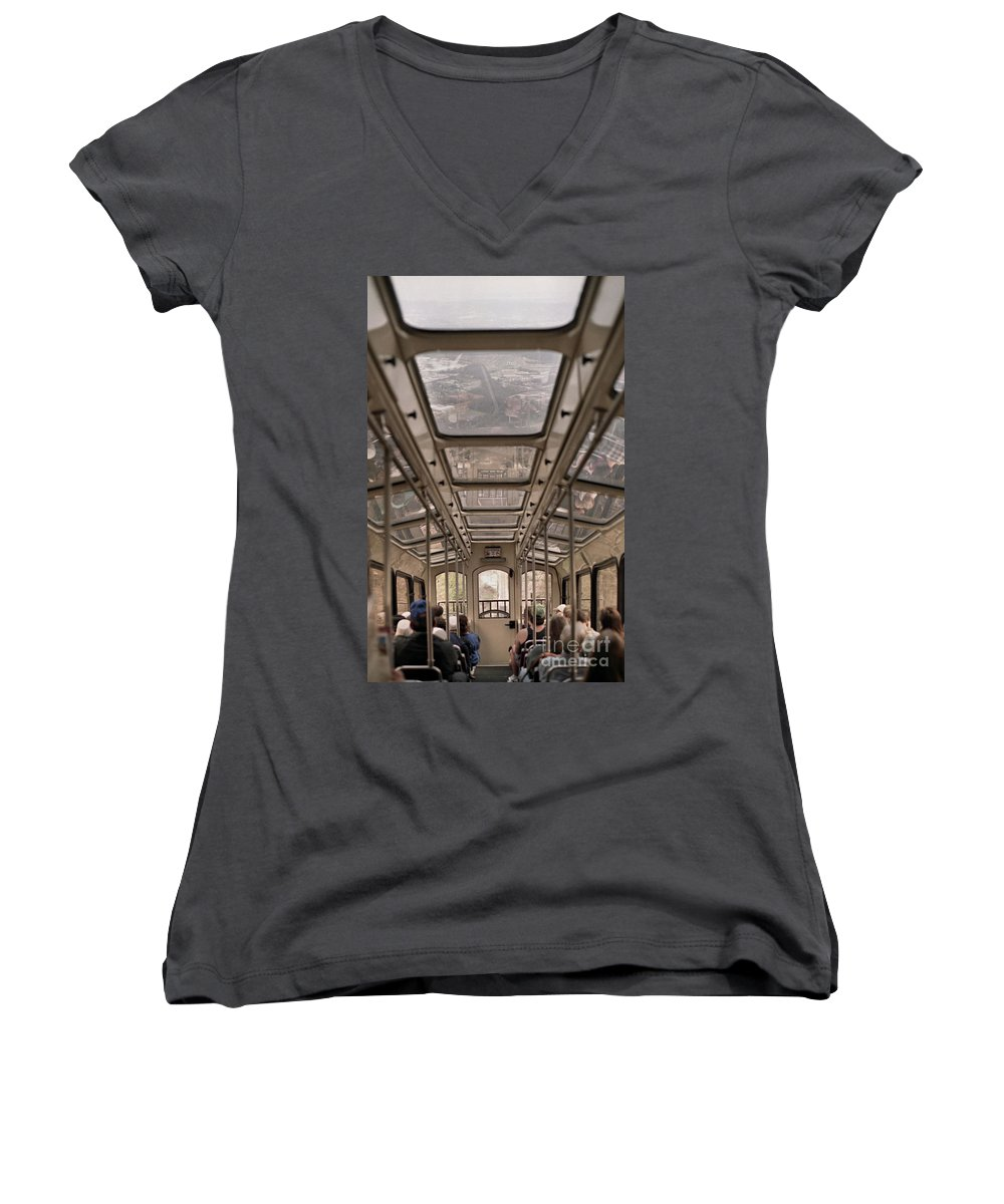 Cable Car Women's V-Neck T-Shirt featuring the photograph Going Down by Richard Rizzo
