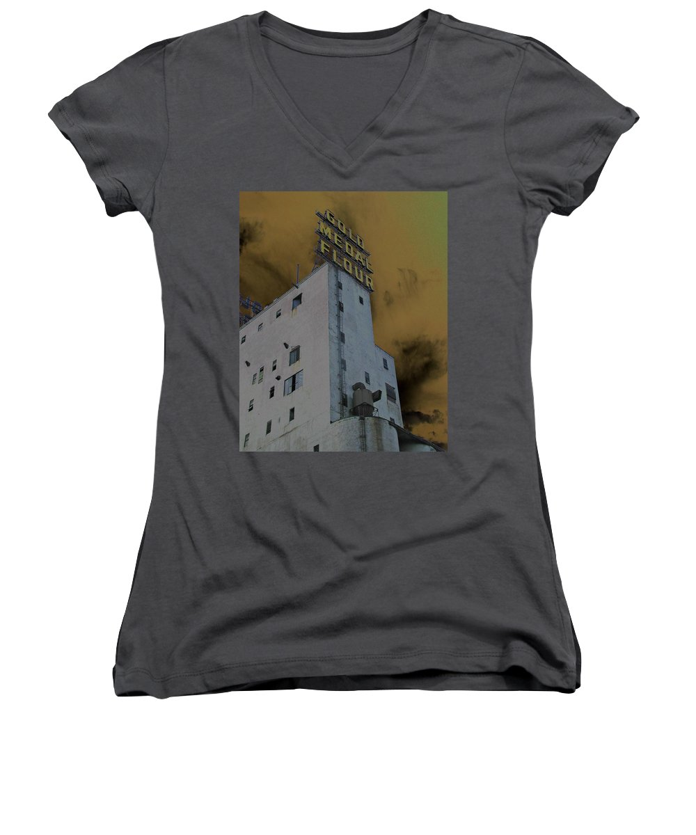 Minneapolis Women's V-Neck (Athletic Fit) featuring the photograph Gold Medal Flour by Tom Reynen