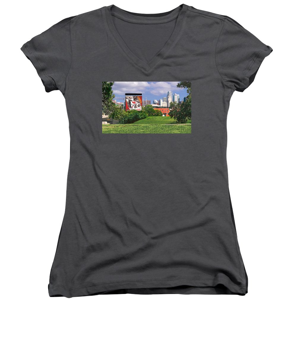 Landscape Women's V-Neck T-Shirt featuring the photograph Kansas City Sky Line by Steve Karol