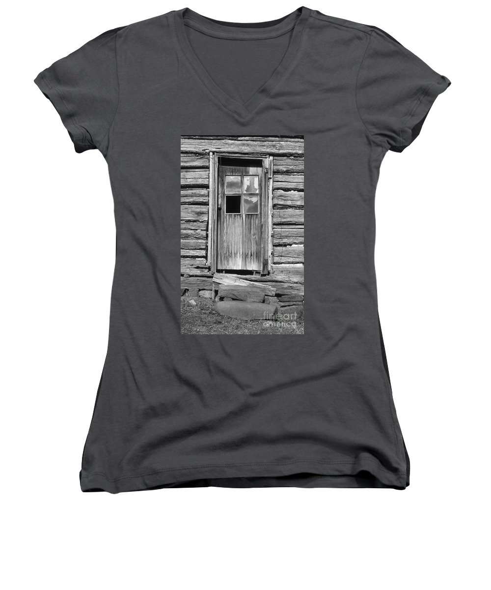 Aged Women's V-Neck (Athletic Fit) featuring the photograph Old Door by Richard Rizzo