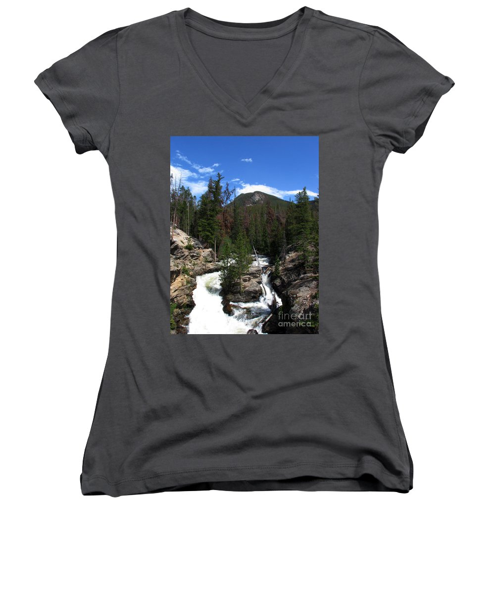 Colorado Women's V-Neck T-Shirt featuring the photograph Roar by Amanda Barcon