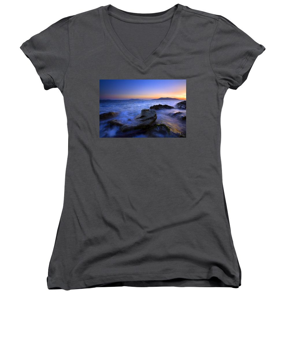 Sunset Women's V-Neck T-Shirt featuring the photograph San Juan Sunset by Mike Dawson