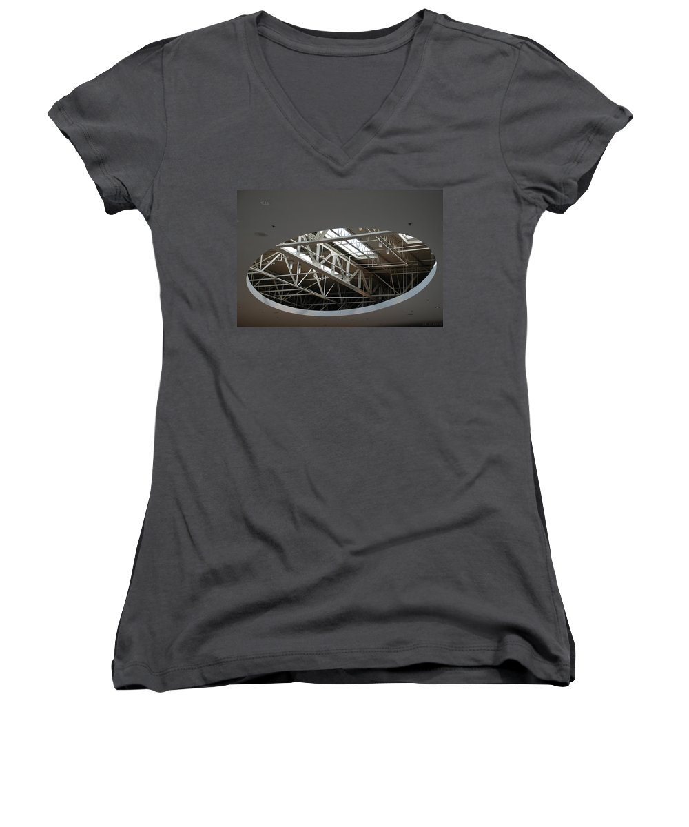Ceiling Women's V-Neck T-Shirt featuring the photograph Skylight Gurders by Rob Hans