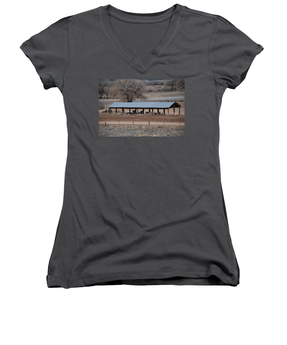 Architecture Women's V-Neck T-Shirt featuring the photograph Tractor Port On The Ranch by Rob Hans