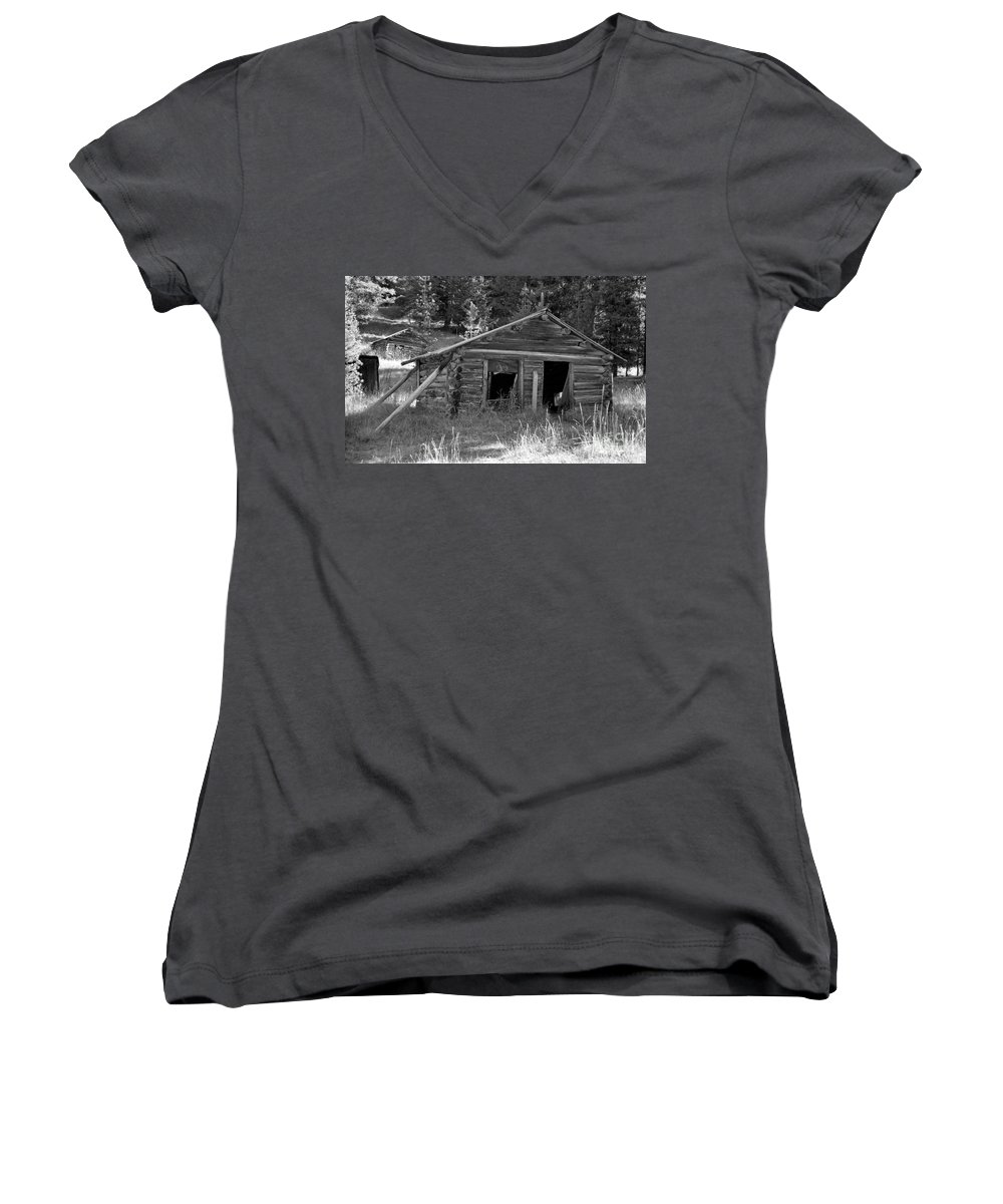 Abandoned Women's V-Neck (Athletic Fit) featuring the photograph Two Cabins One Outhouse by Richard Rizzo