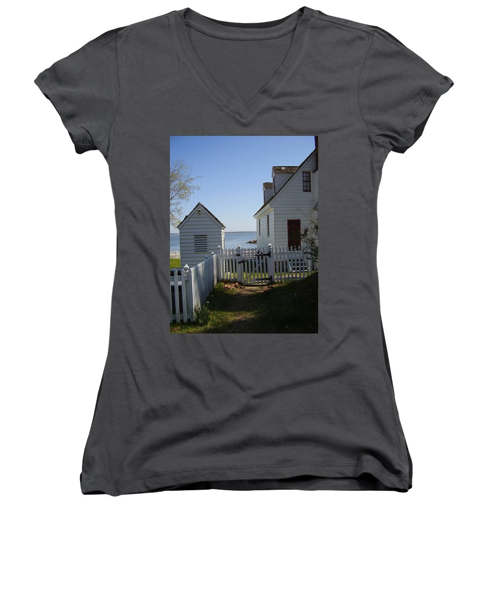 Yorktown Women's V-Neck T-Shirt featuring the photograph Yorktown by Flavia Westerwelle