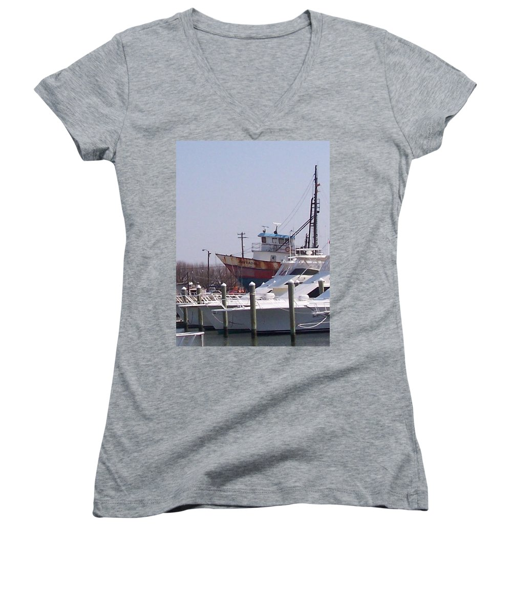 Boat Women's V-Neck T-Shirt featuring the photograph Boats Docked by Pharris Art