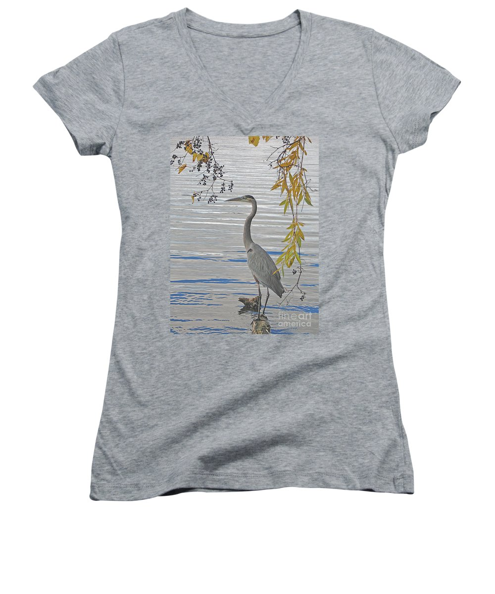 Heron Women's V-Neck T-Shirt featuring the photograph Great Blue Heron by Ann Horn