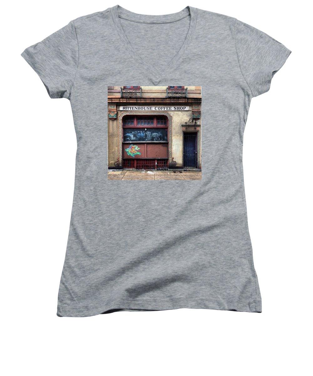 Landmarks Women's V-Neck T-Shirts
