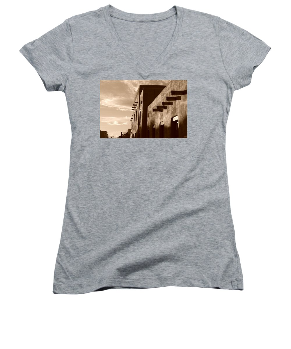 Architecture Women's V-Neck T-Shirt featuring the photograph Adobe Sunset by Rob Hans
