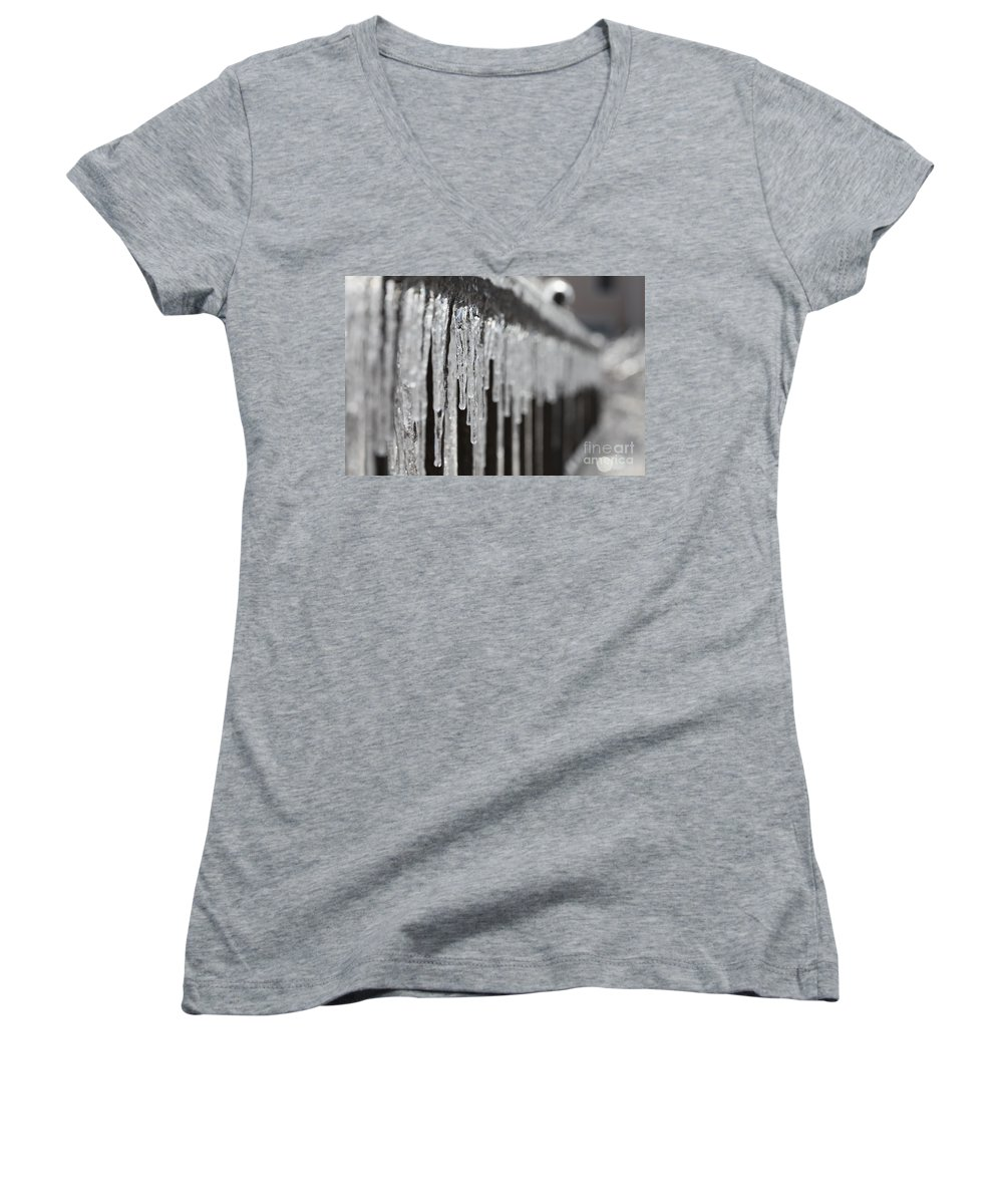 Icicles Women's V-Neck T-Shirt featuring the photograph Icicles At Attention by Nadine Rippelmeyer