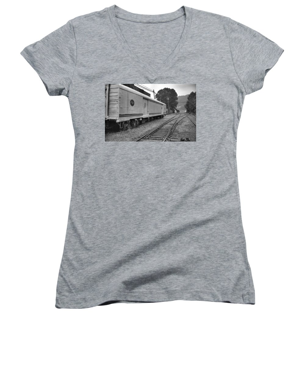 Trains Women's V-Neck (Athletic Fit) featuring the photograph American Federail by Richard Rizzo