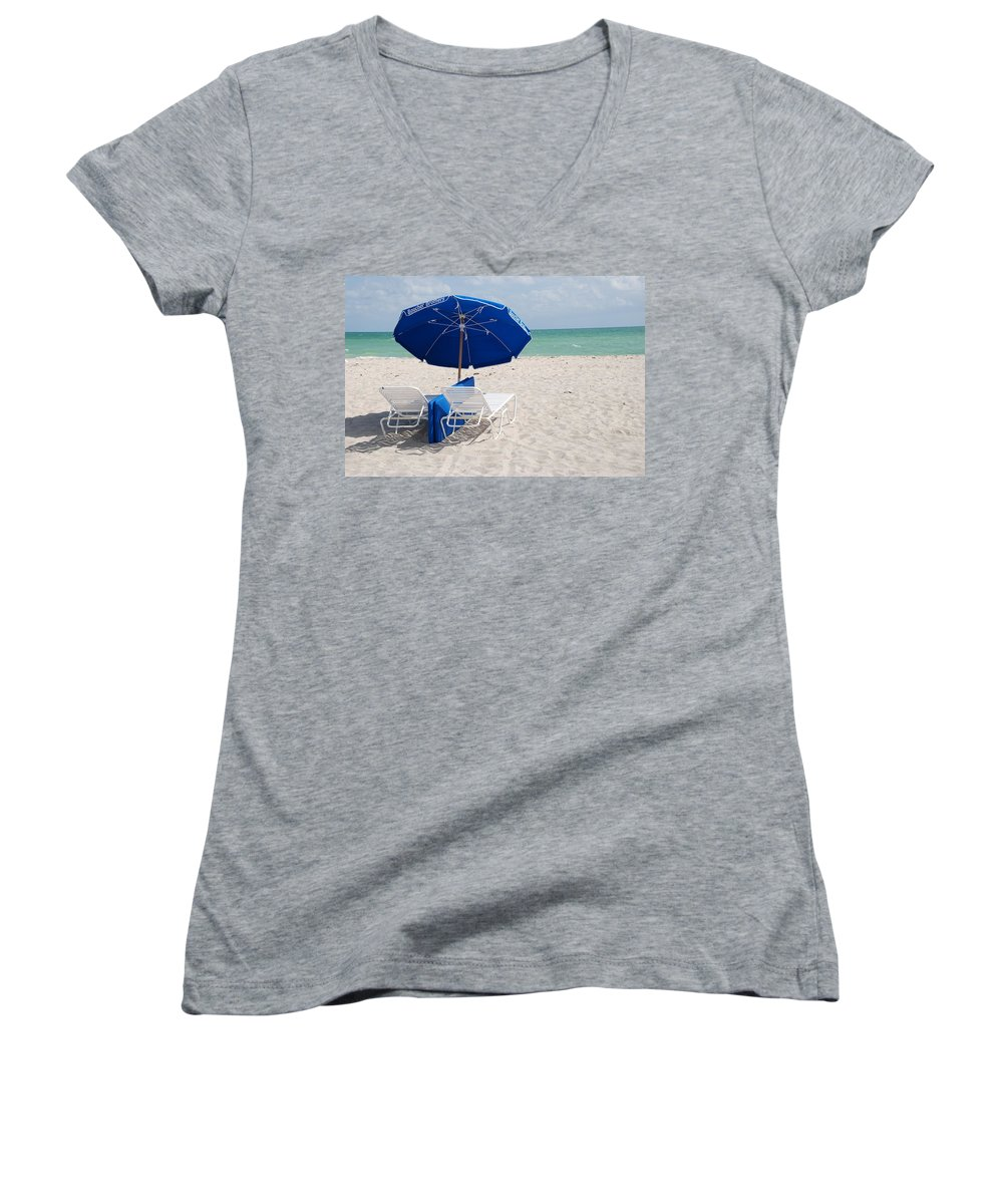 Sea Scape Women's V-Neck T-Shirt featuring the photograph Blue Paradise Umbrella by Rob Hans