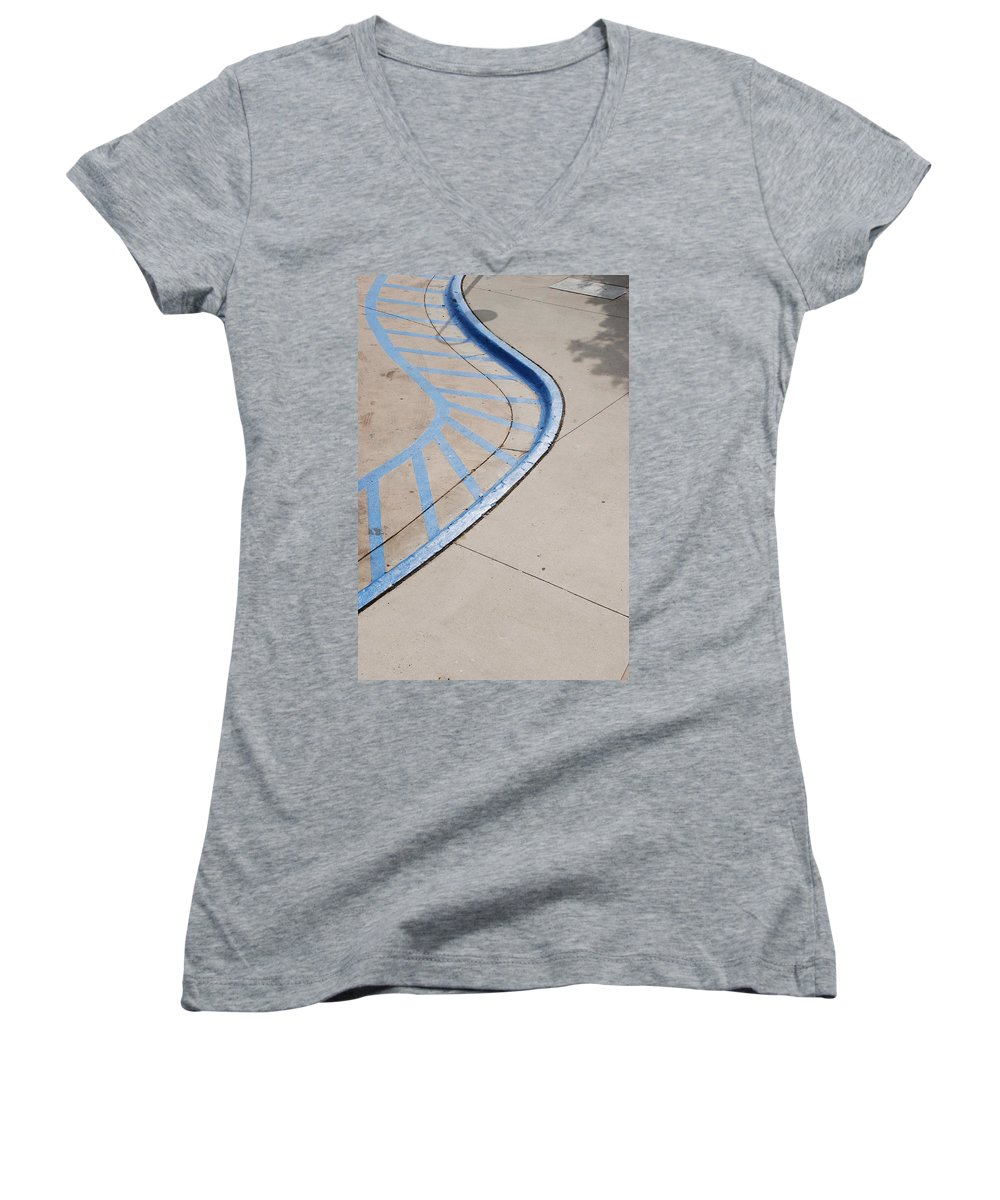 Blue Women's V-Neck T-Shirt featuring the photograph Blue Zone by Rob Hans