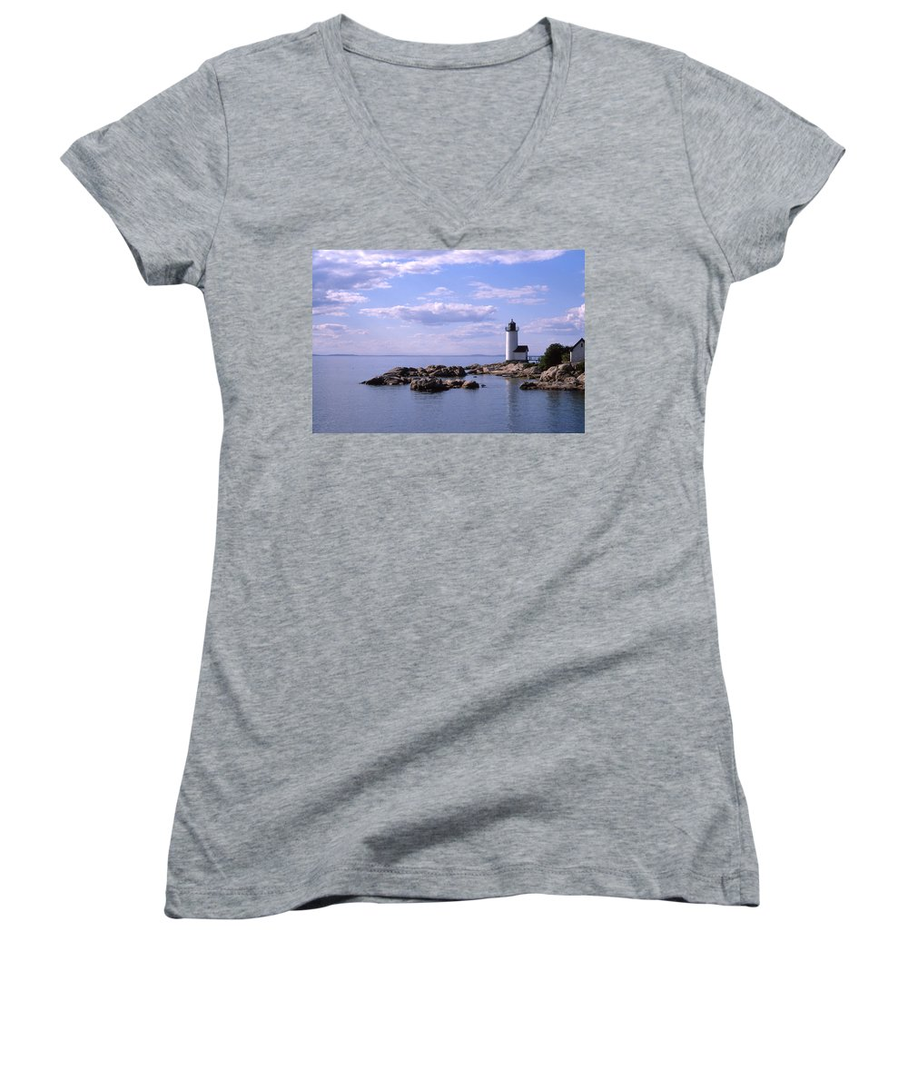 Landscape Lighthouse New England Nautical Women's V-Neck T-Shirt featuring the photograph Cnrf0901 by Henry Butz