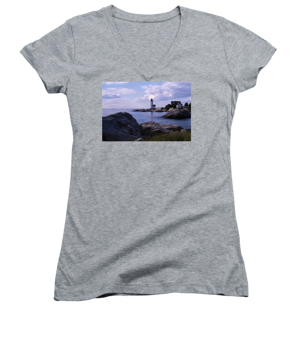 Landscape Lighthouse New England Annisquam Harbor Light Gloucester Women's V-Neck T-Shirt featuring the photograph Cnrf0903 by Henry Butz