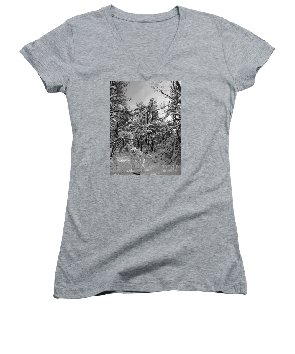 Black And White Women's V-Neck (Athletic Fit) featuring the photograph Empty Travel by Chad Natti