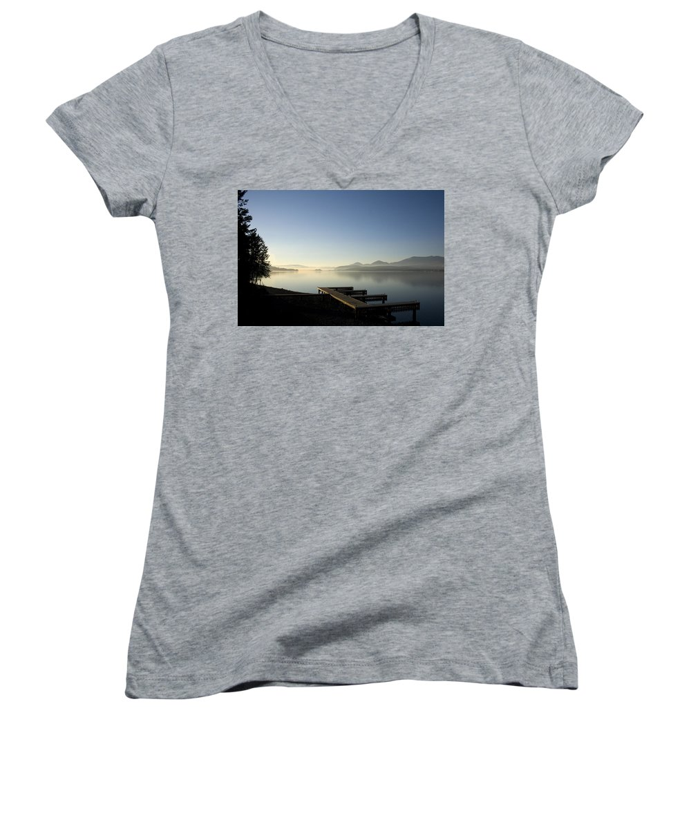 Landscape Women's V-Neck T-Shirt featuring the photograph Fall Evening by Lee Santa