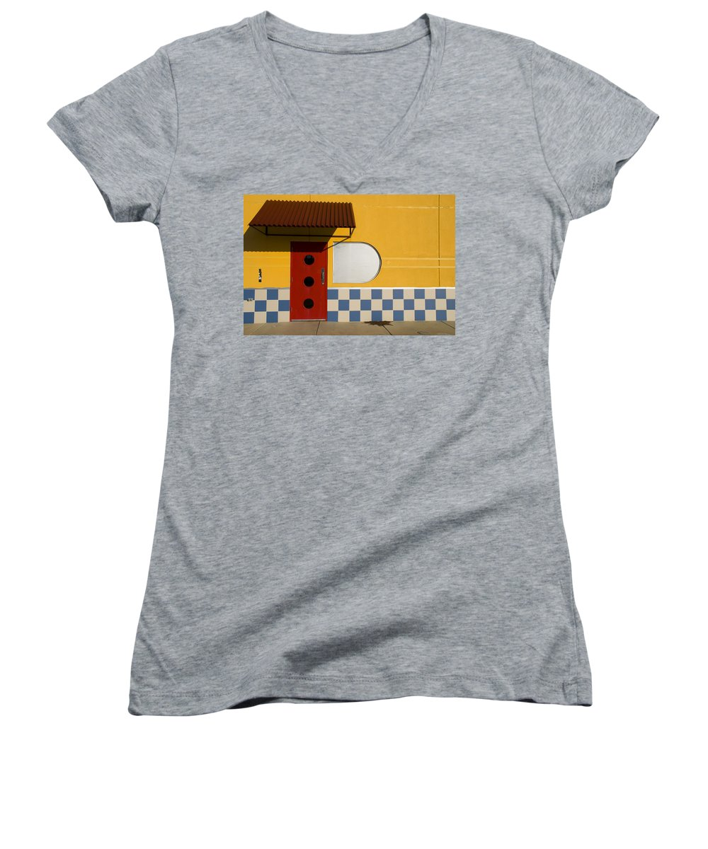 Architecture Women's V-Neck T-Shirt featuring the photograph Happy Days by Skip Hunt