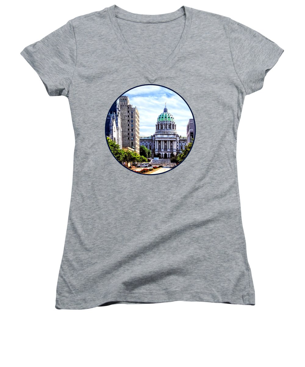 Capitol Building Junior V-Neck T-Shirts