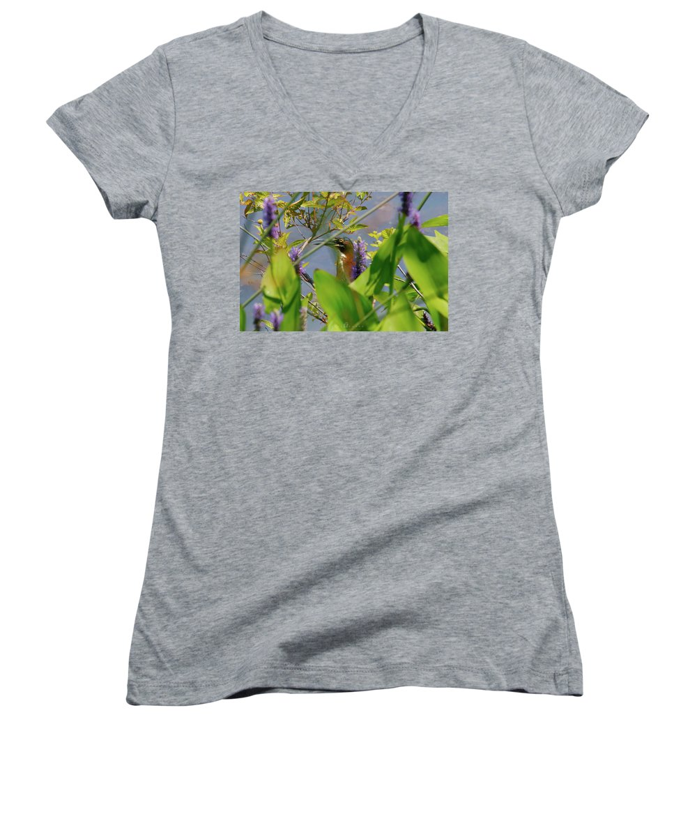 Women's V-Neck featuring the photograph In Hiding by Tony Umana