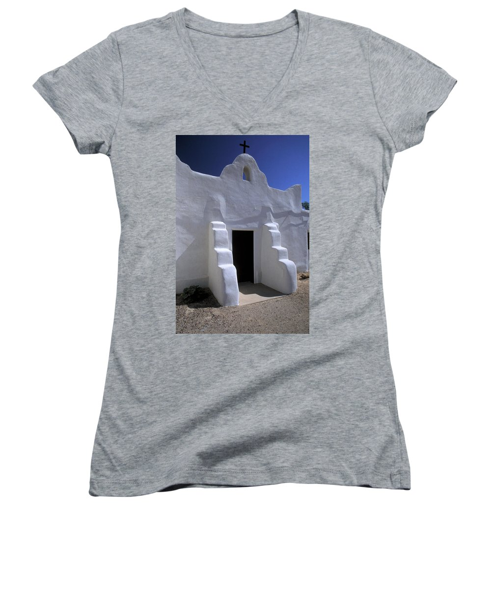 Adobe Women's V-Neck T-Shirt featuring the photograph Isleta by Jerry McElroy