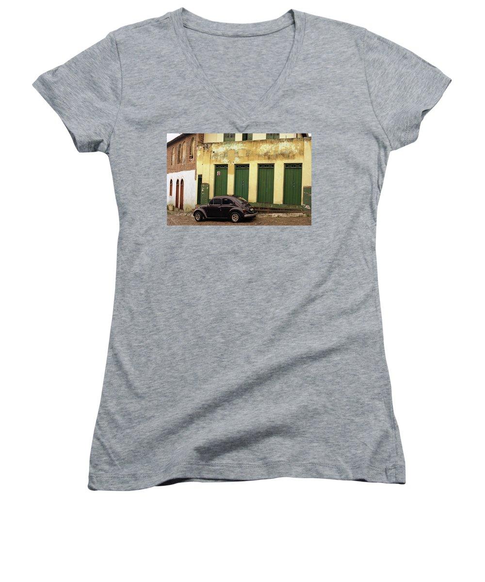 Bahia Women's V-Neck T-Shirt featuring the photograph Lencois - Bug by Patrick Klauss