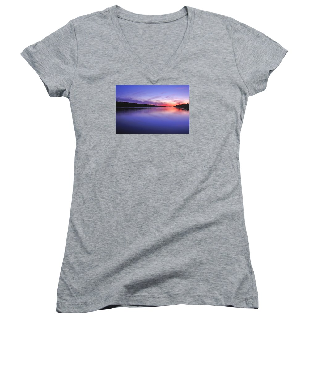 Landscape Women's V-Neck T-Shirt featuring the photograph Manidooziibi by Bill Morgenstern