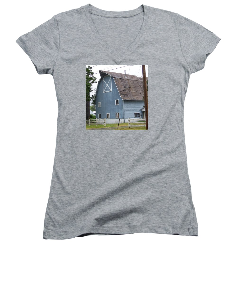 Old Women's V-Neck (Athletic Fit) featuring the photograph Old Blue Barn Littlerock Washington by Laurie Kidd