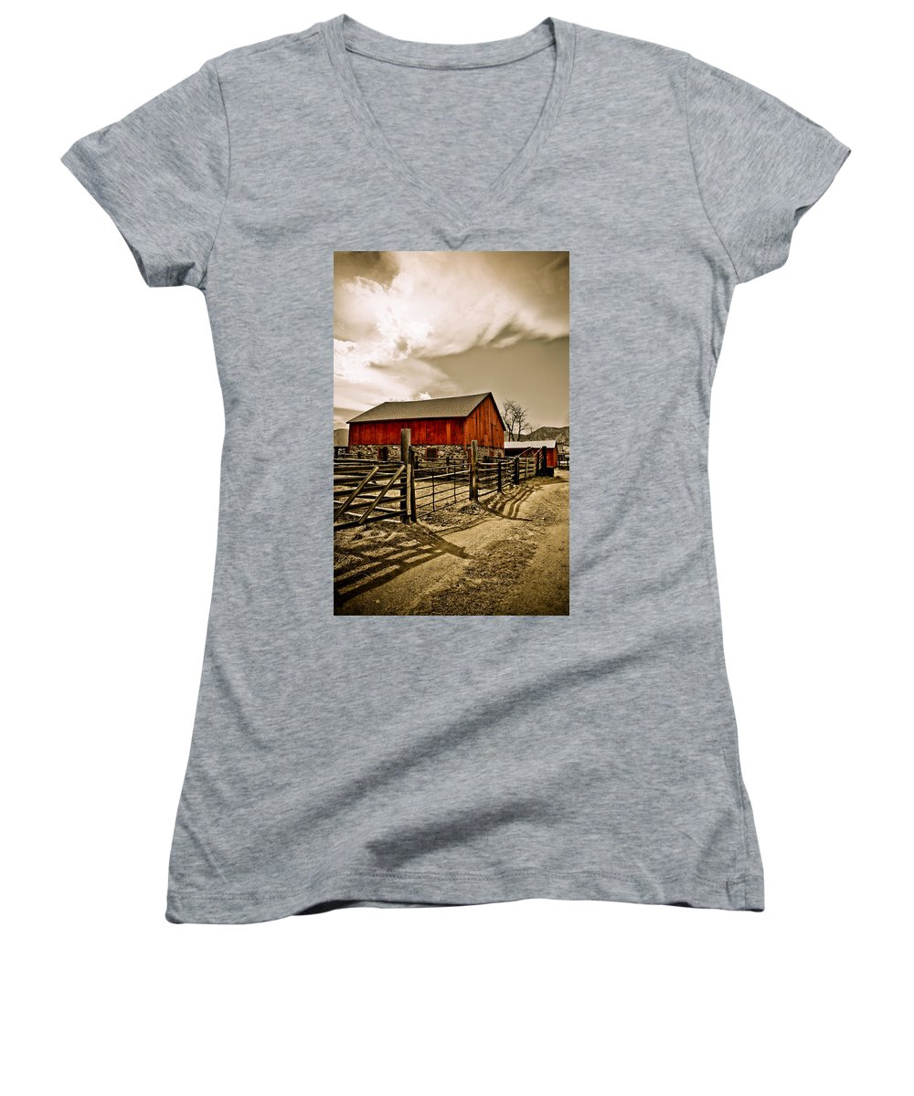 Americana Women's V-Neck (Athletic Fit) featuring the photograph Old Country Farm by Marilyn Hunt