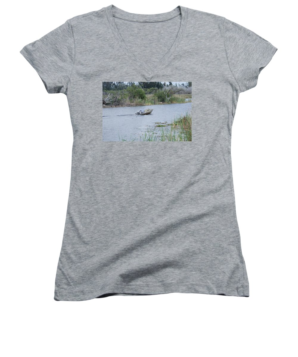 River Women's V-Neck T-Shirt featuring the photograph Old Man River by Rob Hans