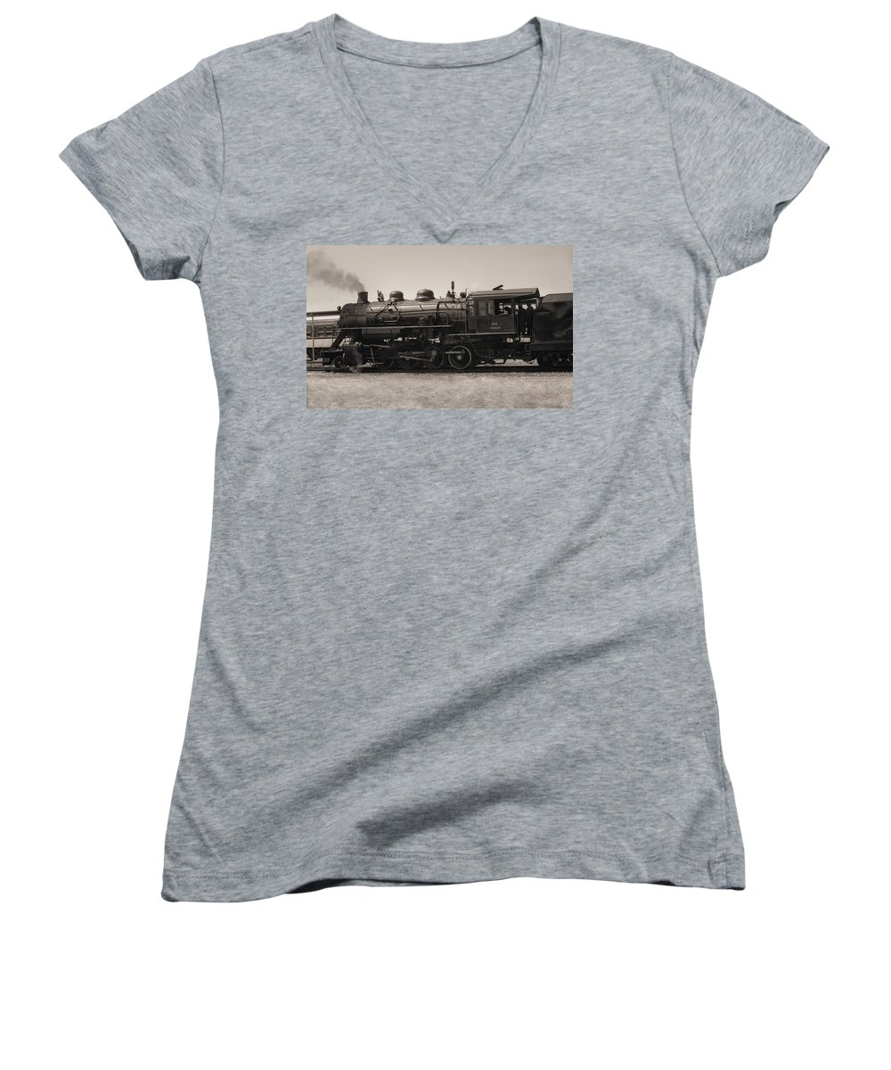 Americana Women's V-Neck T-Shirt featuring the photograph Reverse Throttle by Richard Rizzo